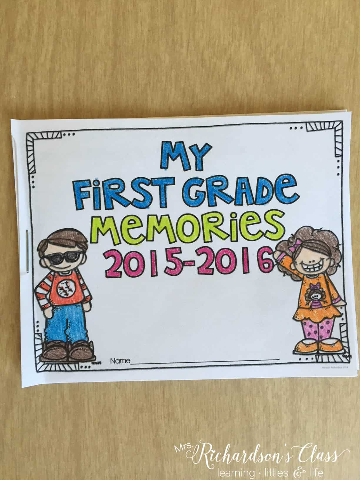 This end of year memory book is perfect for students to work on the last few weeks of school at the end of each day. Parents also loved getting it at the award ceremony as a keepsake!