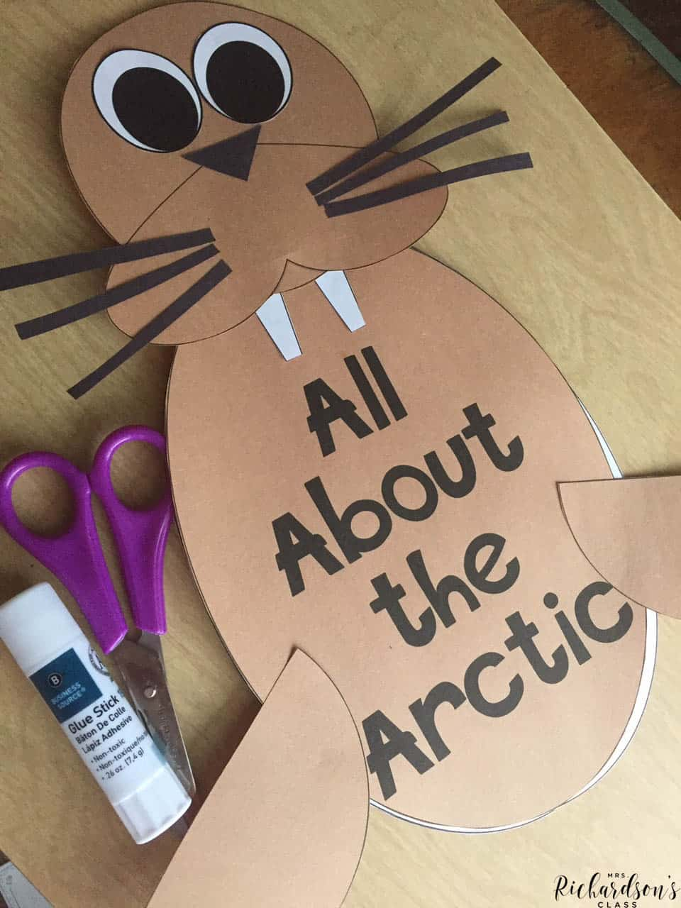 Explore arctic animals with this non-fiction unit that integrates science, reading, and writing!