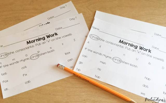 Use this grammar warm ups with your first grade students during writing time or during morning work! They are easy to use and cover every first grade TEK!