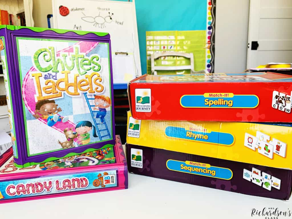 These games and puzzles are perfect for morning work in the kindergarten and first grade classroom! Your little learners will be able to chat and practice literacy and math skills, too!